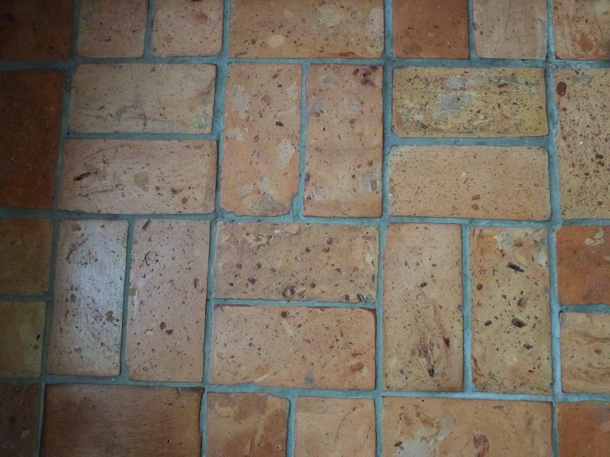 ceglana podłoga